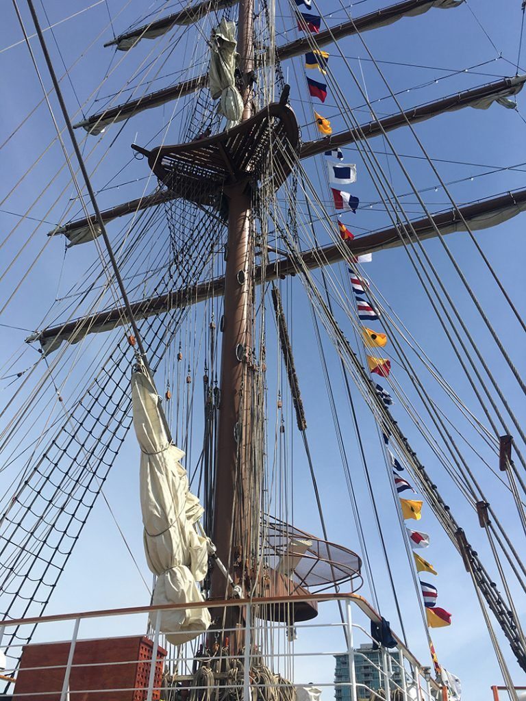 peruvian tall ship