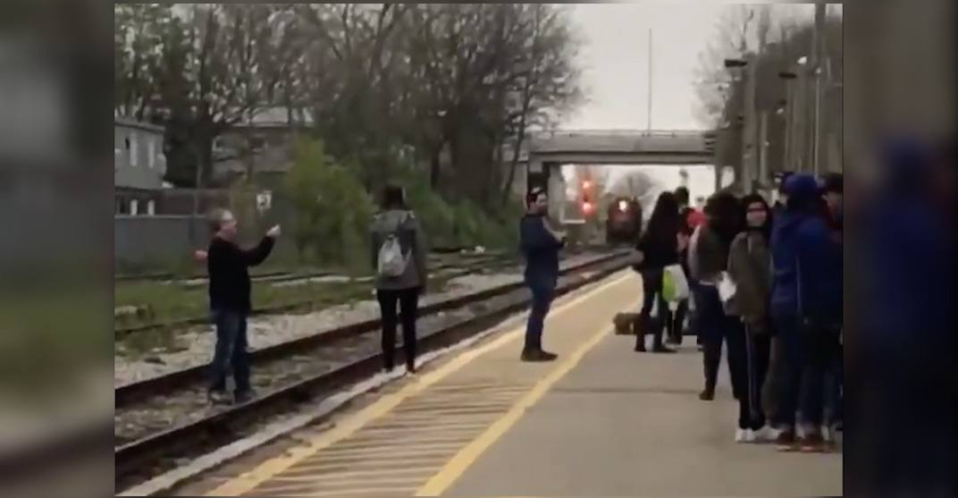 Group caught taking selfies on GO Train tracks during morning rush hour (VIDEOS)