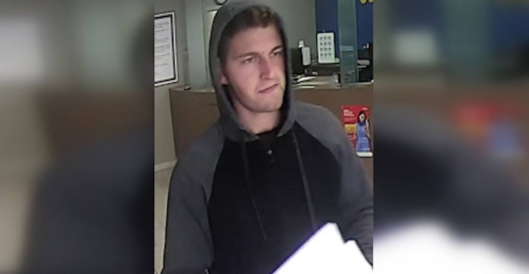 Canada-wide warrant issued for man accused of robbing elderly Vancouverite