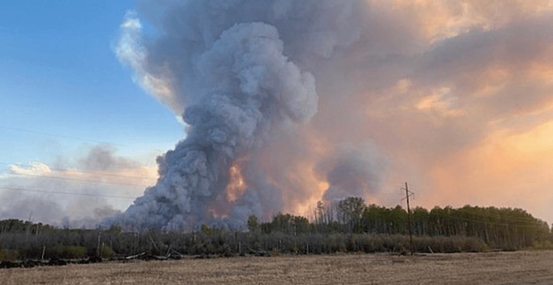 Chuckegg Creek wildfire finally shrinking as evacuees return home