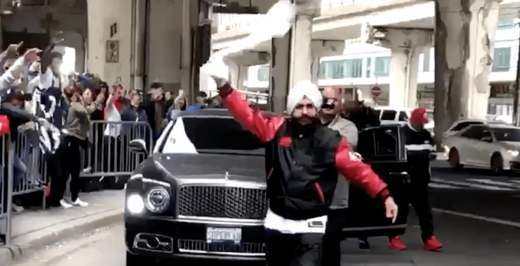 Raptors Superfan Nav Bhatia arrives to hero's welcome at NBA Finals (VIDEO)