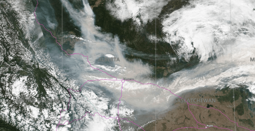Nearly 400,000 hectares of Alberta currently burning out of control