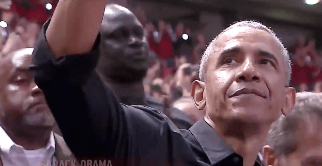 Obama gets standing ovation and MVP chants from Raptors crowd (VIDEOS)