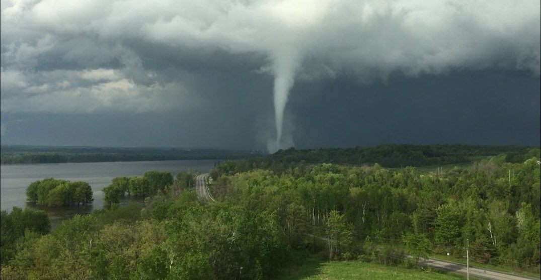 Confirmed EF1 tornado touches down near Ottawa on Sunday