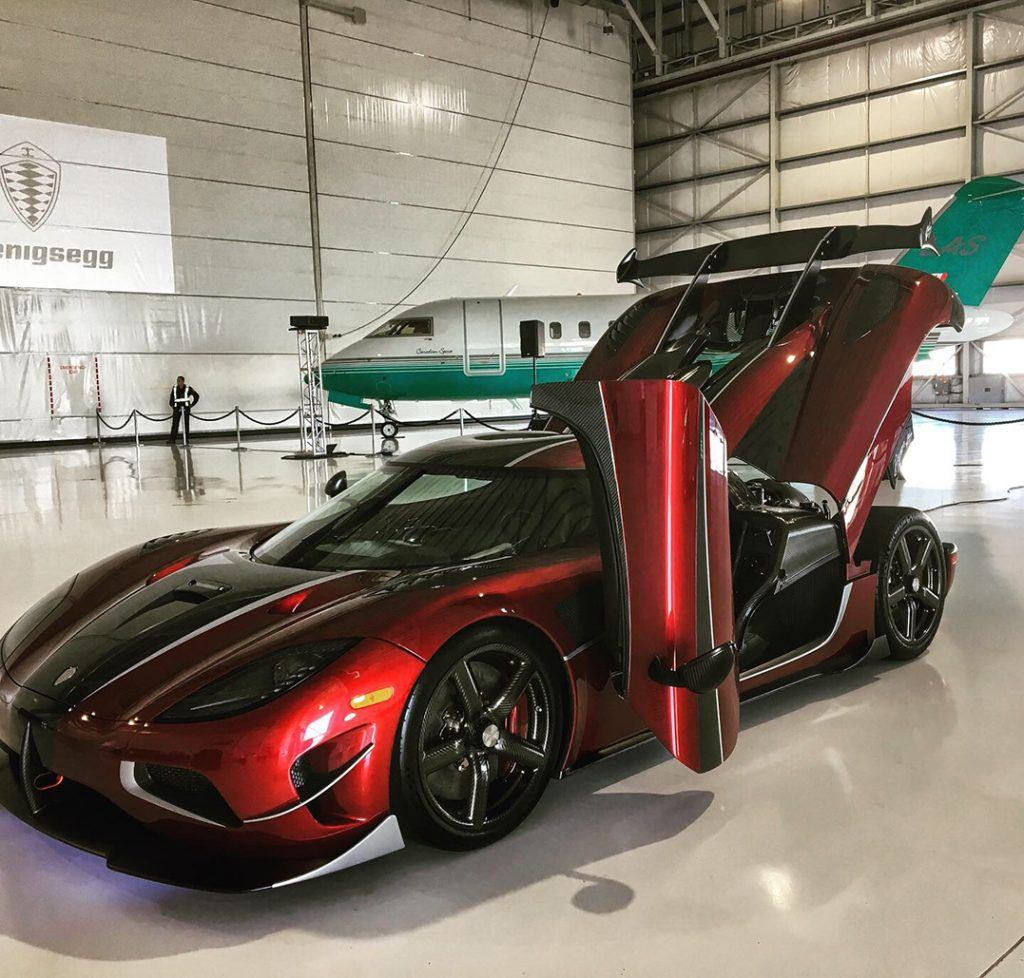 $3.7 Million Supercar Makes Its Canadian Debut In