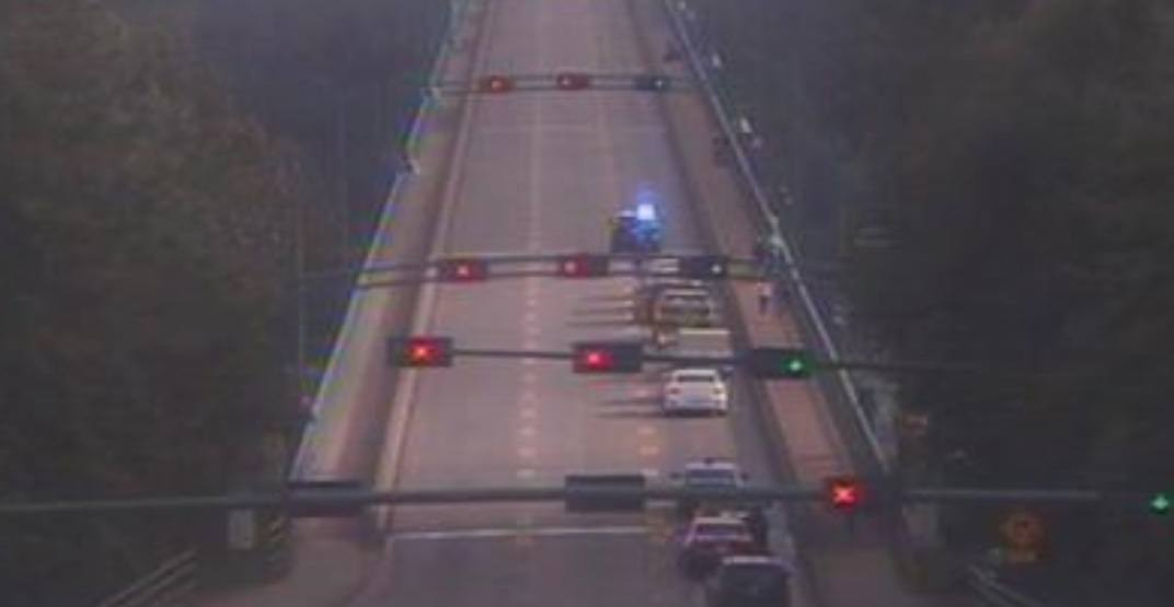 Lions Gate Bridge closed in both directions this evening