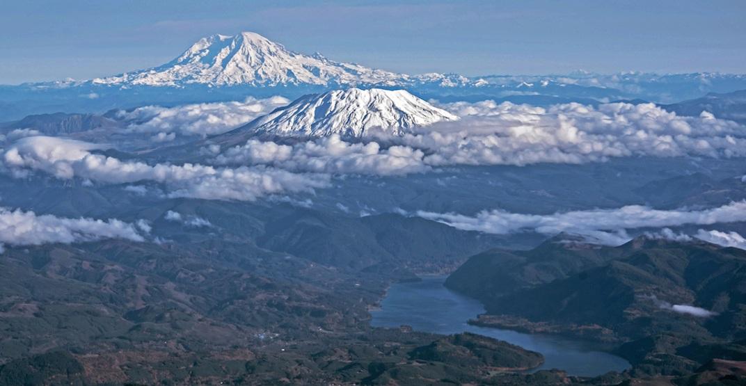 Mount St. Helens Mount Rainier volcano