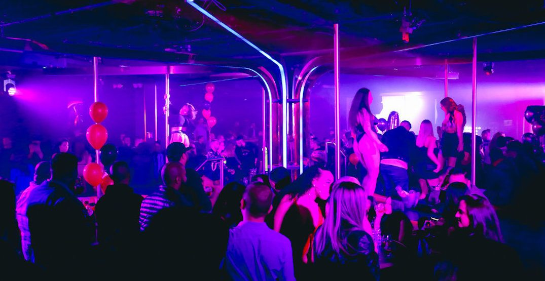 What a night at Mississauga's first ever adult 'social playground' is like (PHOTOS)