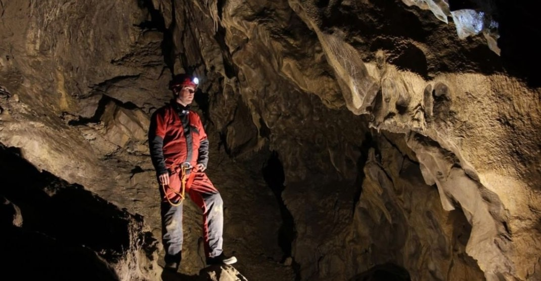 Newly-discovered area of Rat's Nest Cave sparks resurvey project