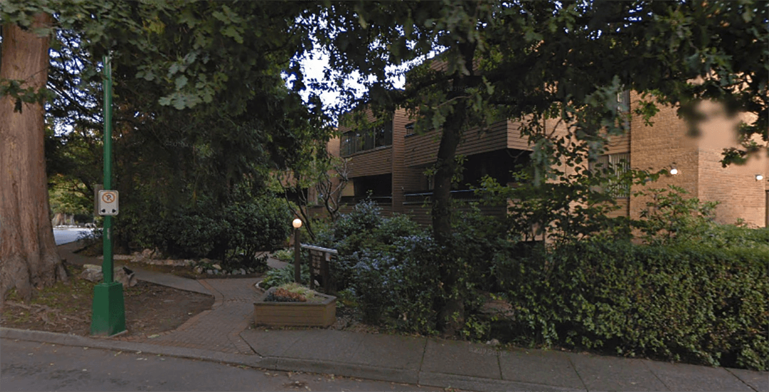 Apartment break-in suspect in serious condition after falling 3 storeys