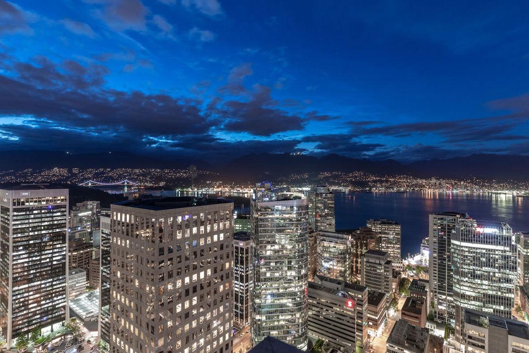 4801-667 Howe Street Vancouver Hotel Georgia Penthouse