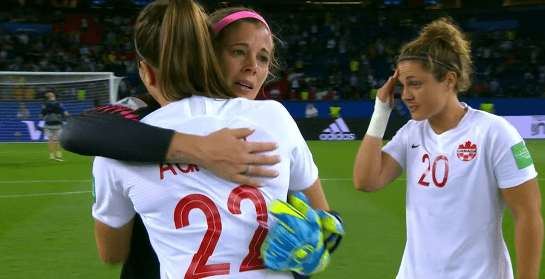 Christine Sinclair doesn't take penalty kick in Canada's World Cup loss