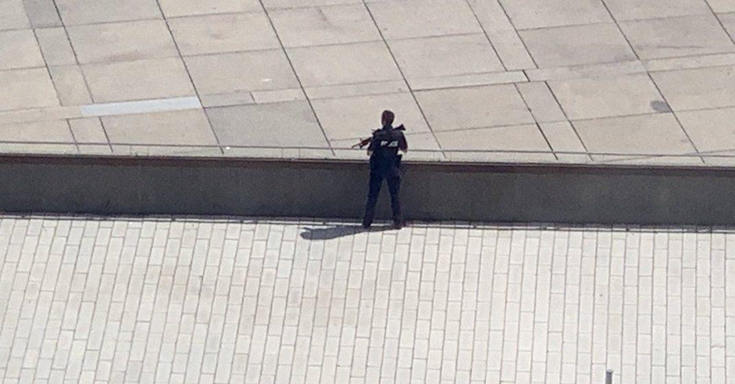 1 man arrested following lockdown at Toronto City Hall