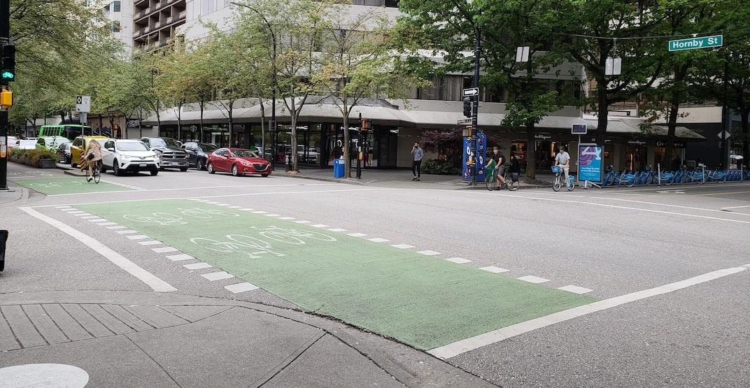 'All Walk' pedestrian crossing being tested at busy intersection of Robson and Hornby