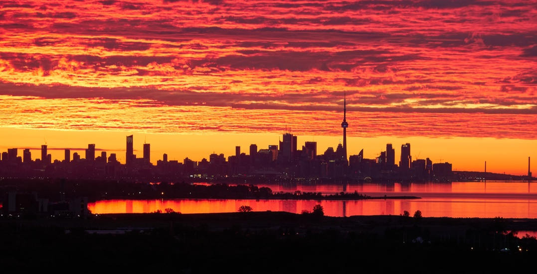 Environment Canada issues heat warning for Toronto