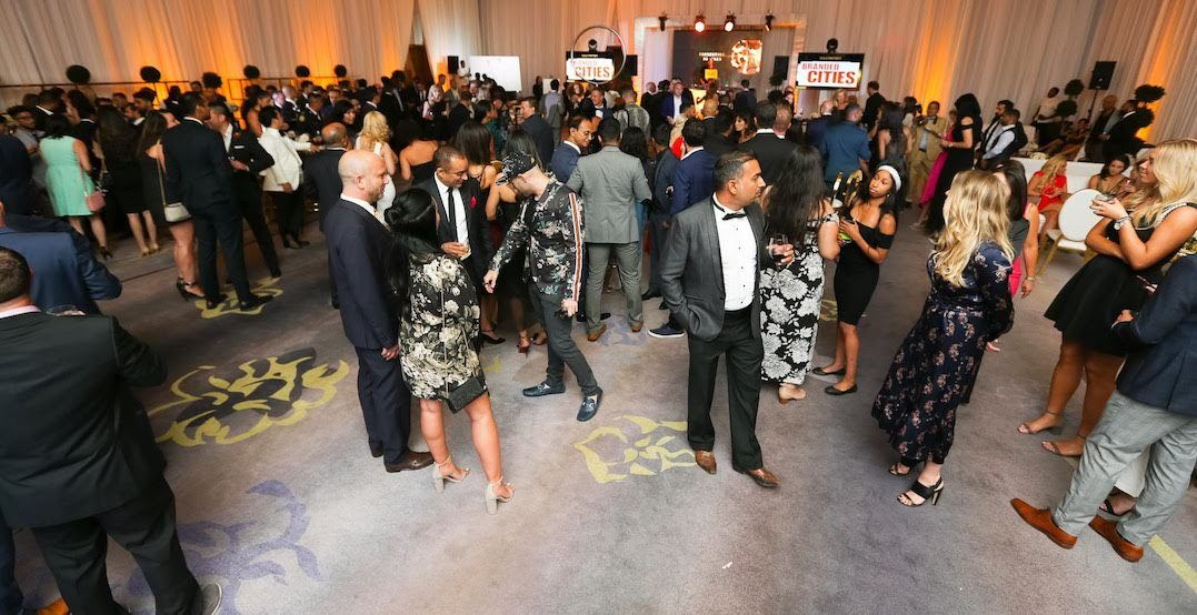 This golf tournament and gala event fundraises for kids' financial literacy