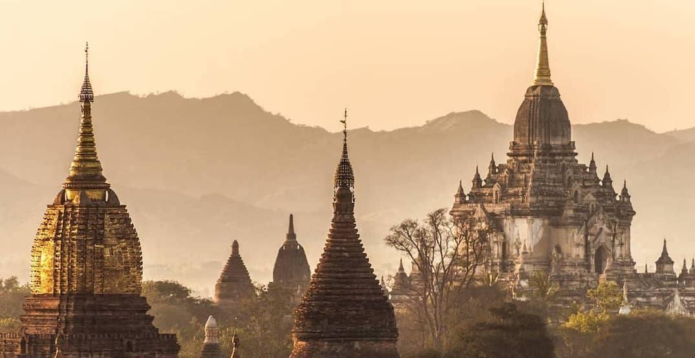 Bagan myanmar. %40myanmoreinstagram