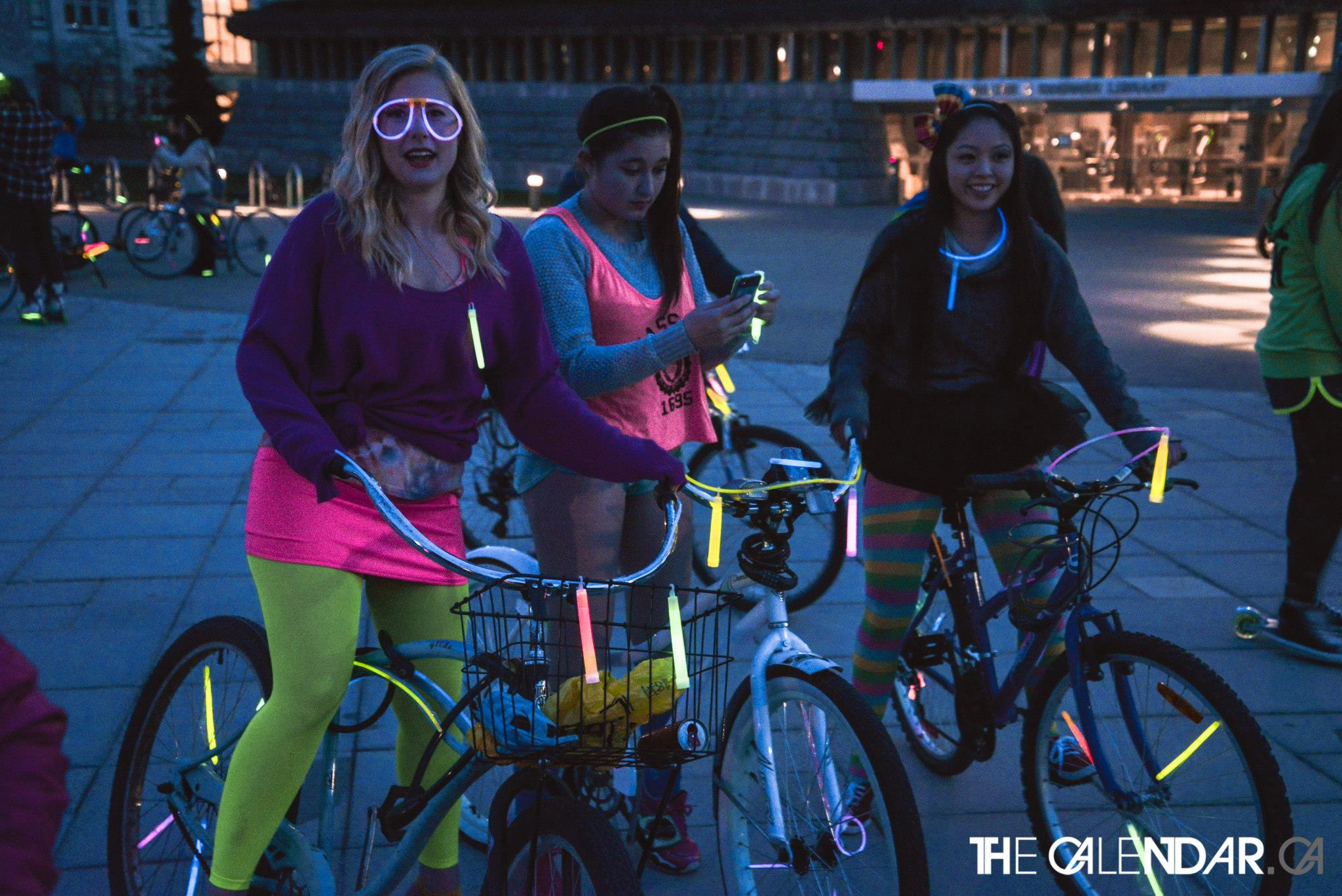 Girls at bike rave (VYVE)