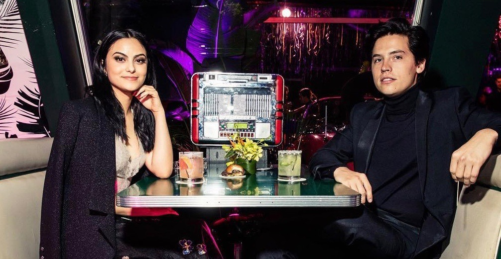 'Riverdale' stars Cole Sprouse and Camila Mendes spotted in Ignite Pizzeria