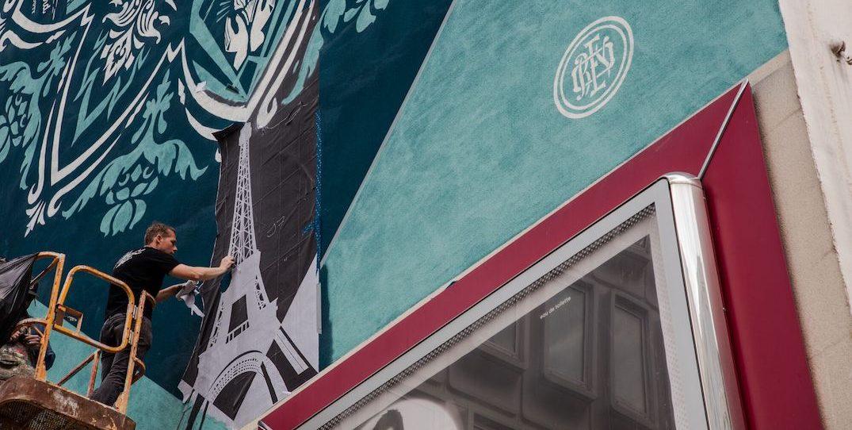Artist behind Obama 'Hope' portrait debuting 20-storey mural in downtown Vancouver