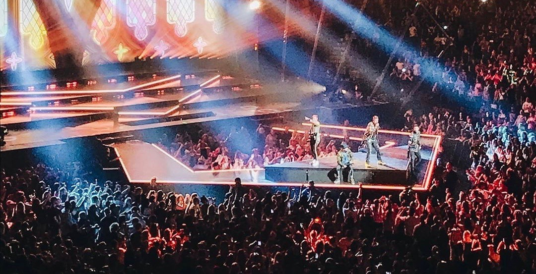 17 shots of the Backstreet Boys rocking a sold-out Bell Centre last night (PHOTOS)