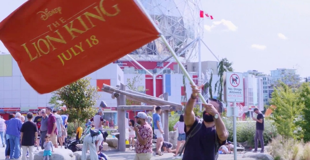 Flash mob sings Circle of Life in Vancouver to celebrate Lion King debut (VIDEO)
