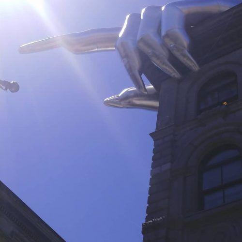 Montreal hand