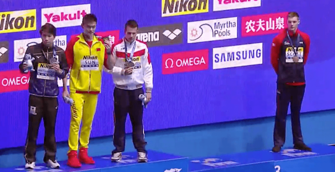 2 swimmers protest Chinese gold medallist at World Championships (VIDEOS)