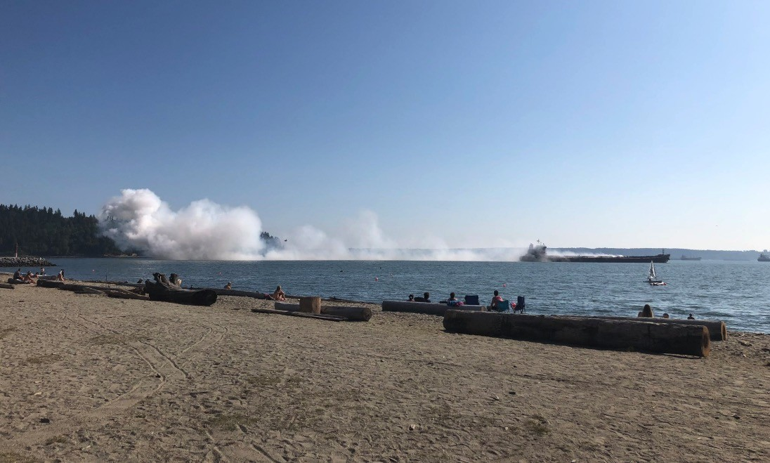 Apparent dust explosion in the hold of a cargo ship in Vancouver harbour