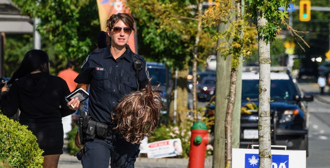 Woman taken into custody after attempted gunpoint robbery in Abbotsford: police