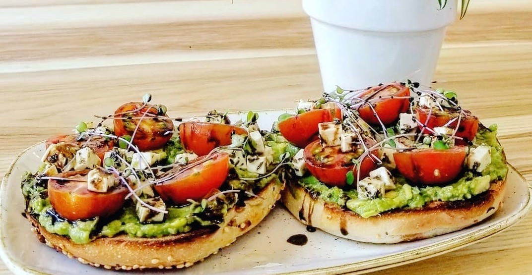 Vancouver's new eco-friendly vegan cafe just opened (PHOTO)
