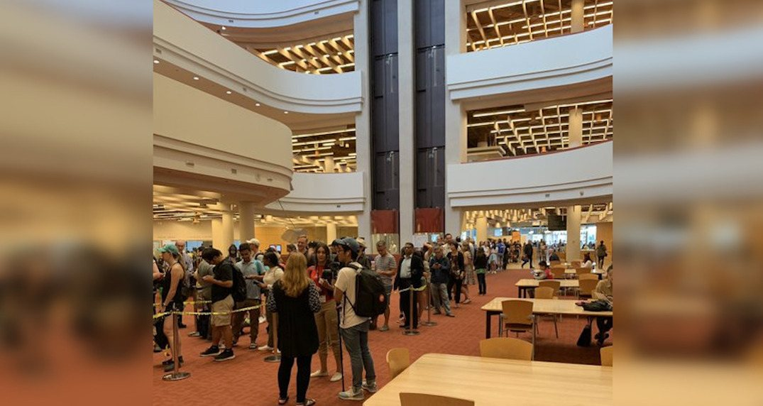 Toronto Public Library book sale is already causing massive lineups (PHOTOS)