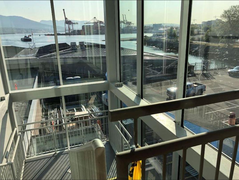 seabus waterfront station