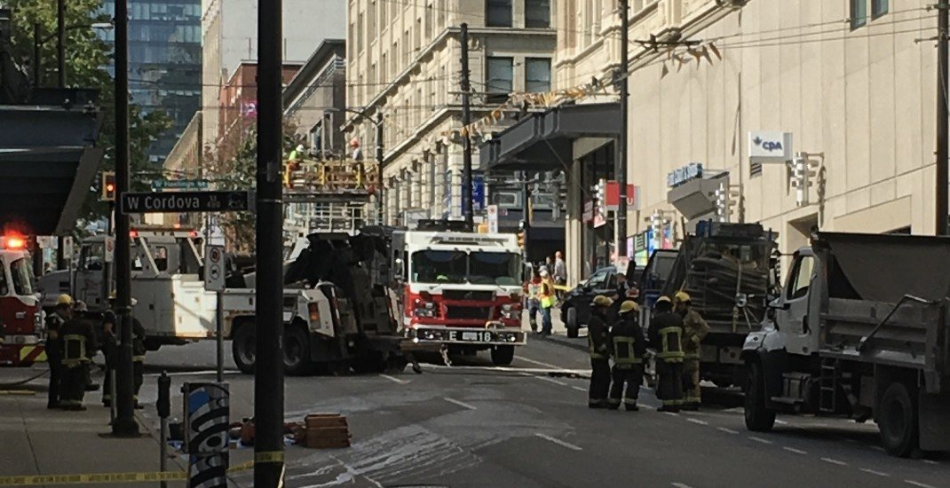 Downtown Vancouver streets closed due to truck rollover