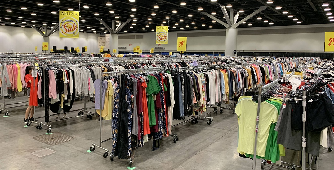 This is your sneak peek inside Aritzia's Warehouse Sale (PHOTOS)