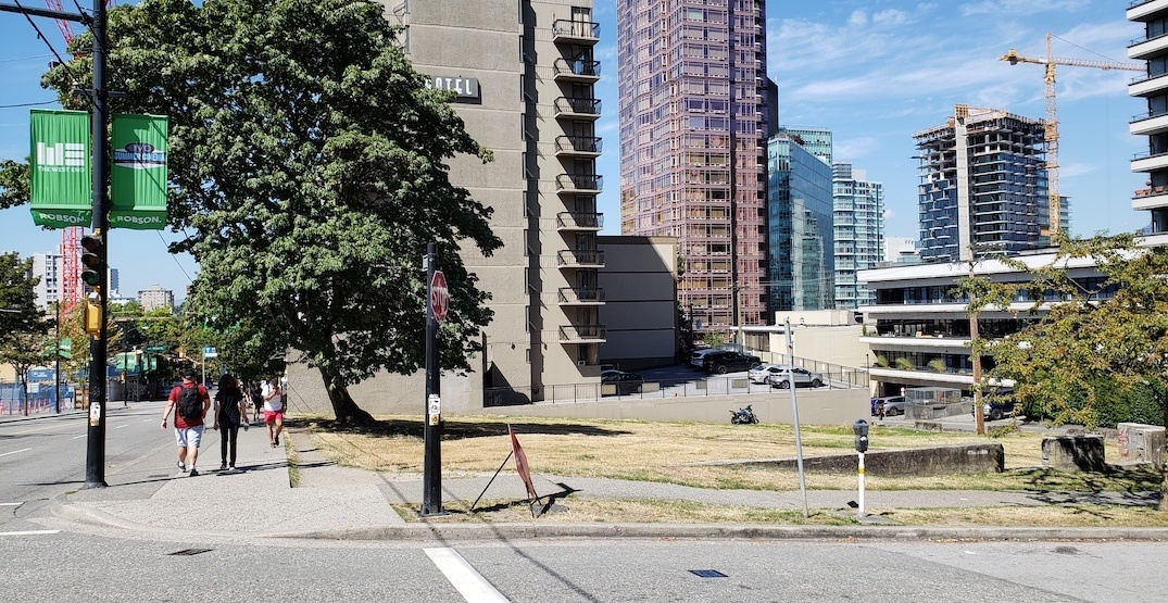 Undeveloped grassy Robson St. corner lot, vacant for decades, worth $68M