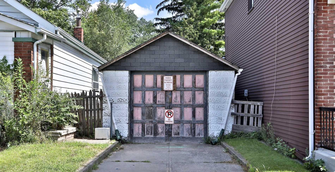 This Toronto garage in the east end is selling for $600,000 (PHOTOS)