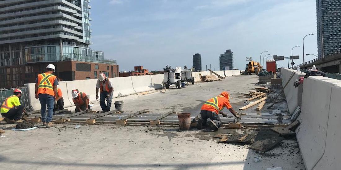 Gardiner Expressway's westbound Yonge-Bay-York off-ramp reopens this weekend