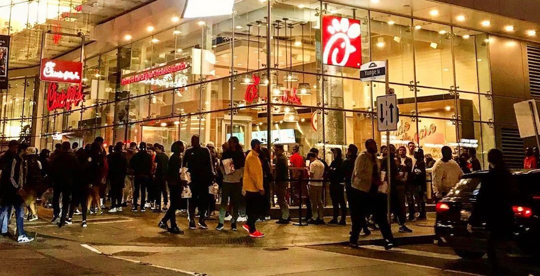 Chick-fil-A is STILL surrounded by huge line-ups in Toronto (PHOTOS)