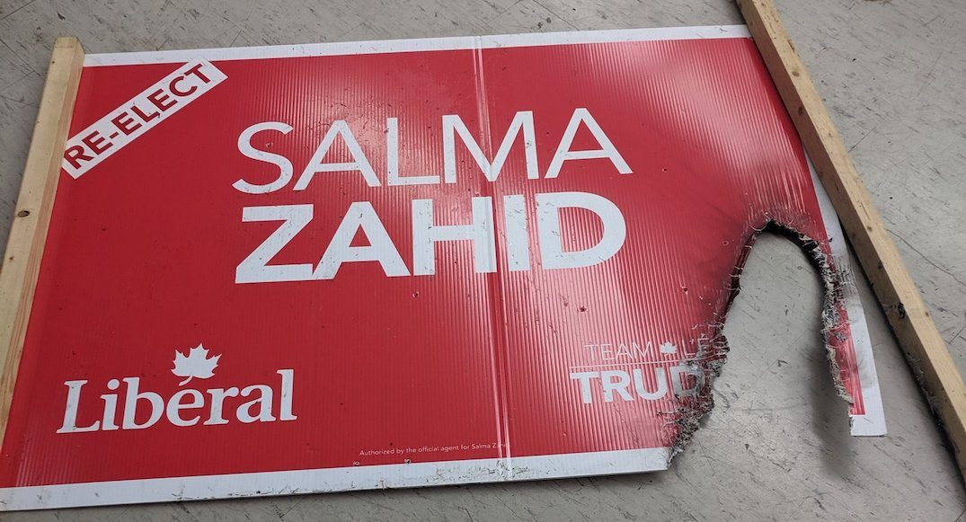 Ontario Liberal candidate's campaign signs lit on fire