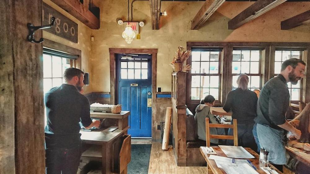 Cozy Restaurants Van 2019