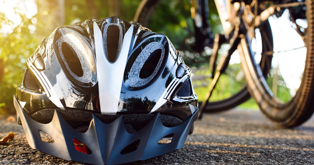 Doctors call for Montreal to make helmets mandatory for all cyclists
