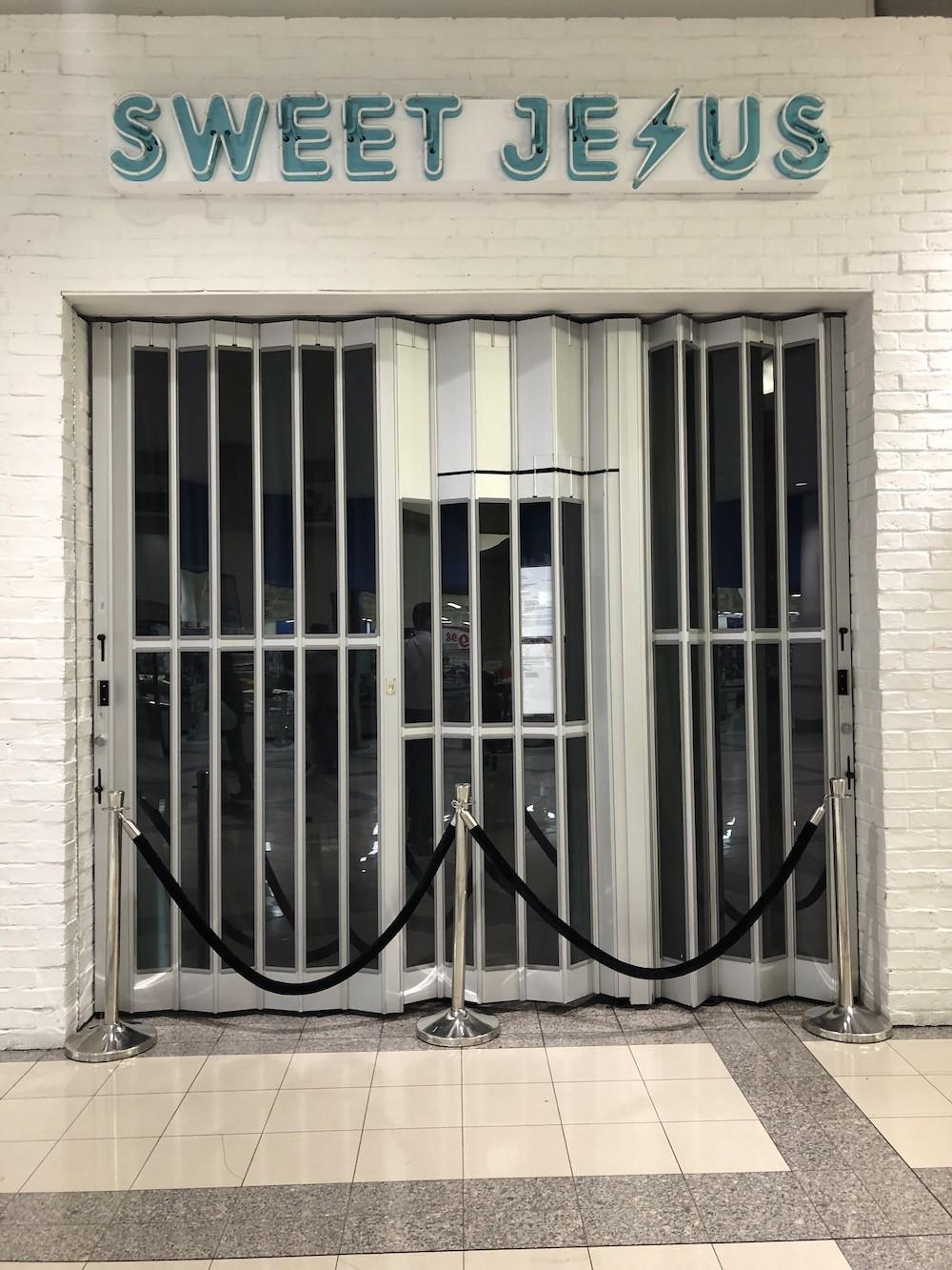 Sweet Jesus Metrotown closed