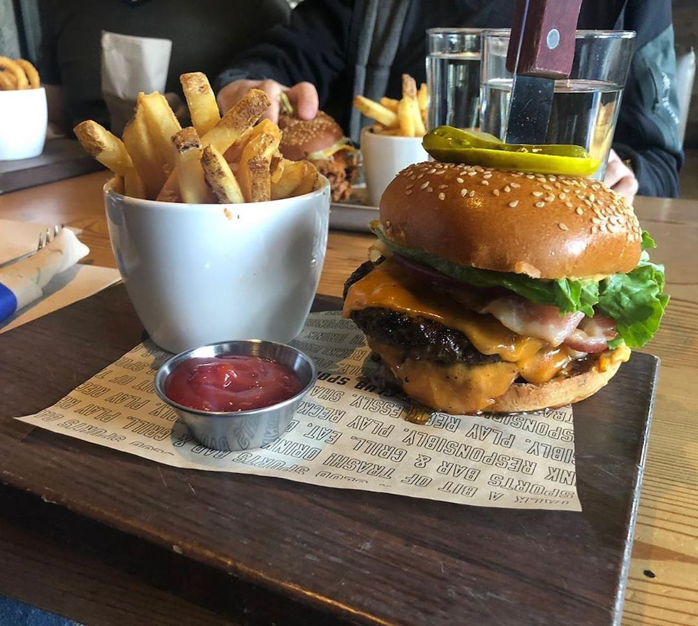 Best places to eat before a Canucks game 2019