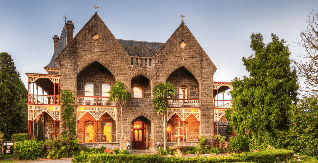 7 real life castles you can rent for your next vacay (PHOTOS)