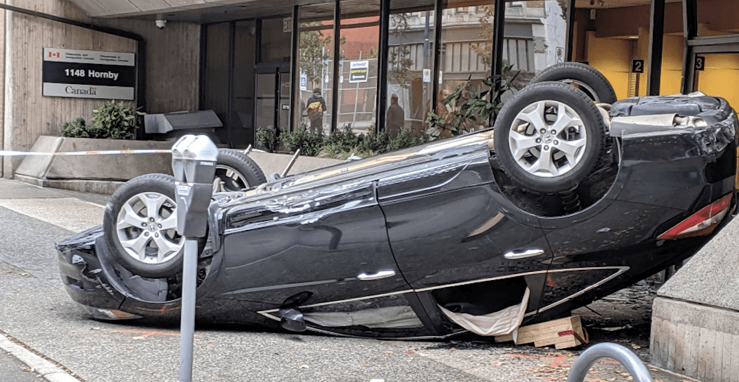 4 injured after car hits building in rollover crash in downtown Vancouver (VIDEOS)