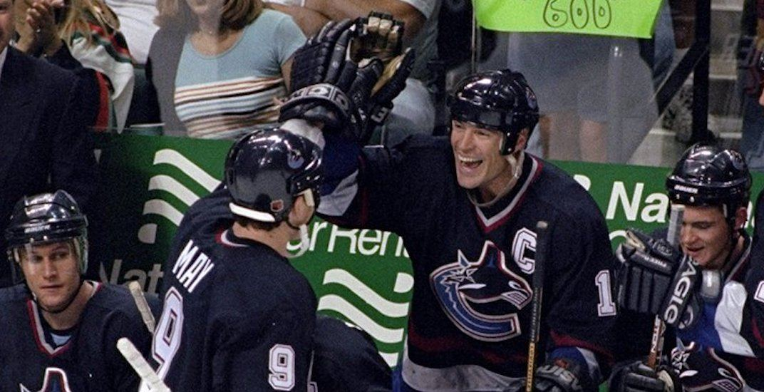 Mike Keenan explains how Mark Messier essentially hired him as Canucks coach