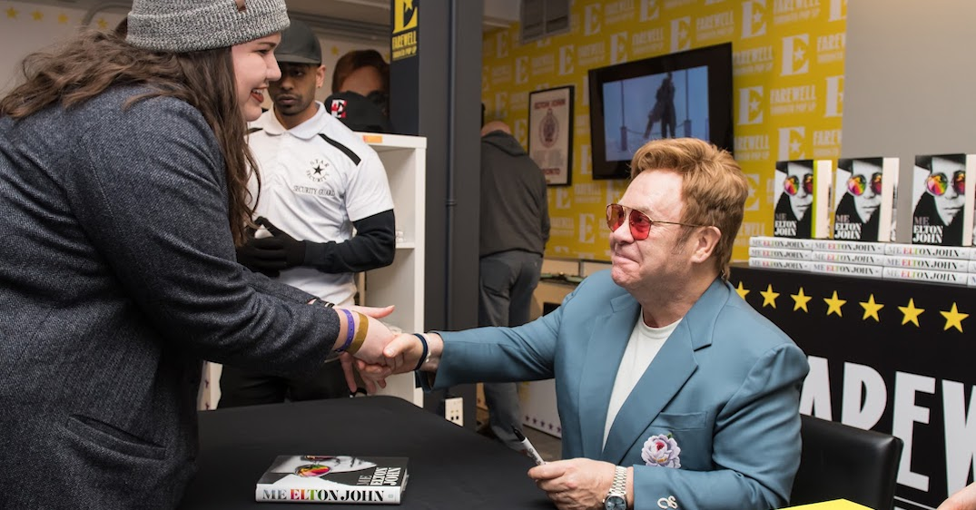 Elton John surprised fans at his Toronto pop-up today (PHOTOS)