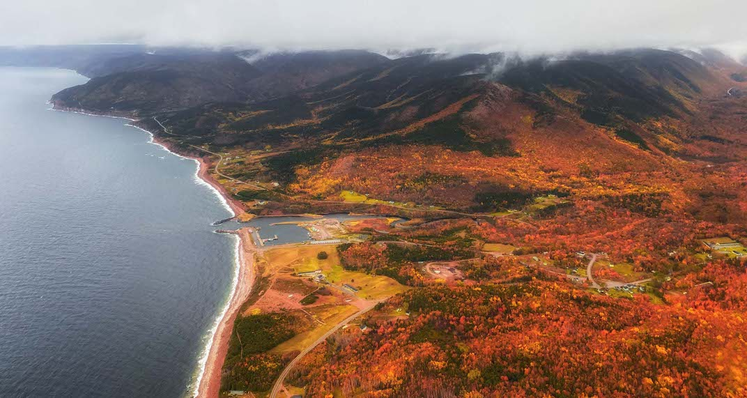 This photographer is capturing incredible pics of Canada's fall foliage (PHOTOS)
