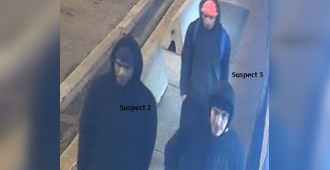 Photo released of suspects in robbery of Filipino grocery store